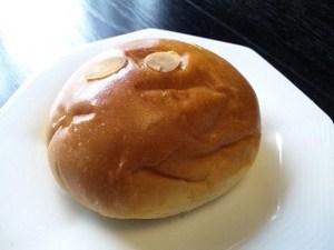 パン・クリーム.jpg