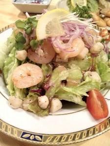 海老と貝柱のサラダ.jpg